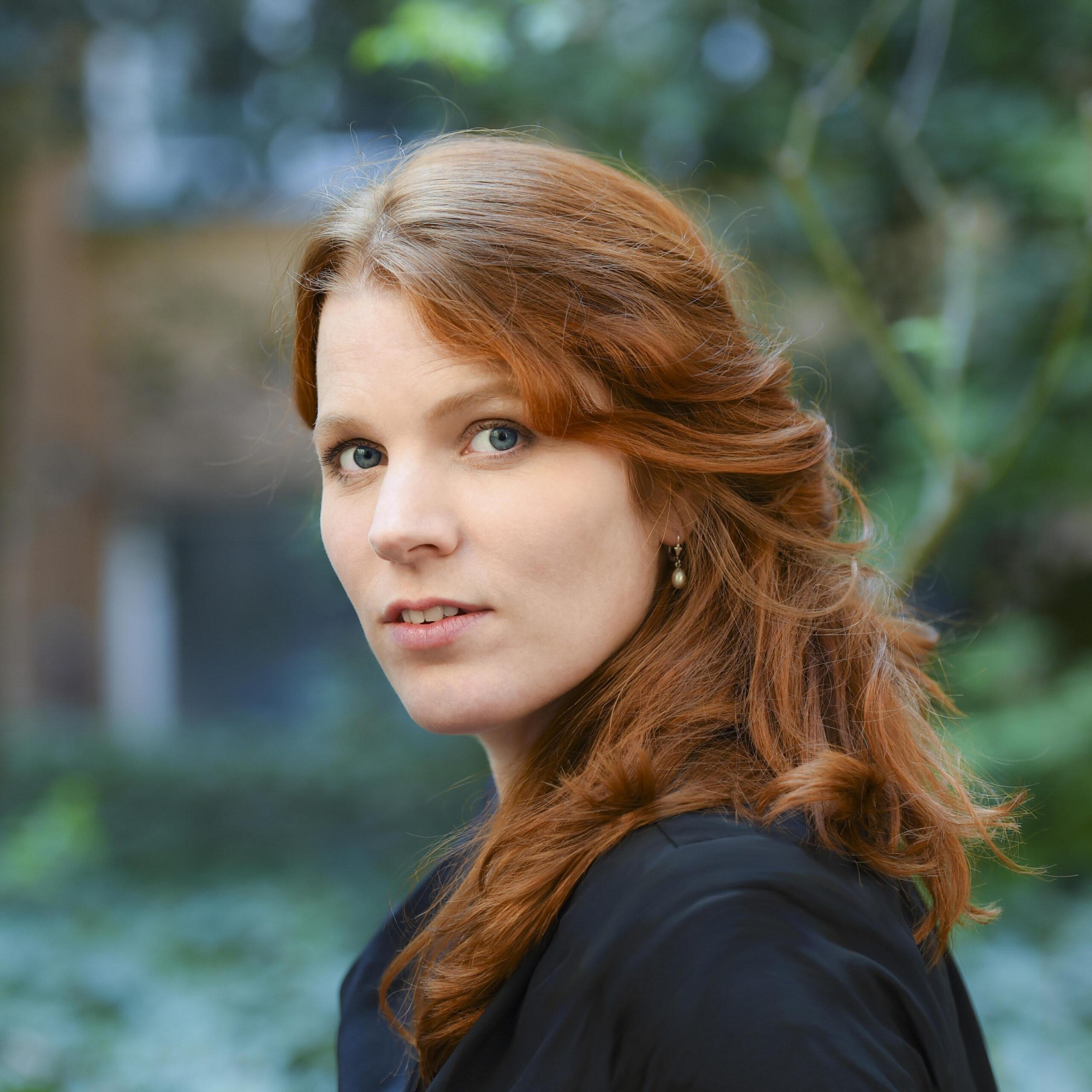 Renee Van Bavel – Mensenkind